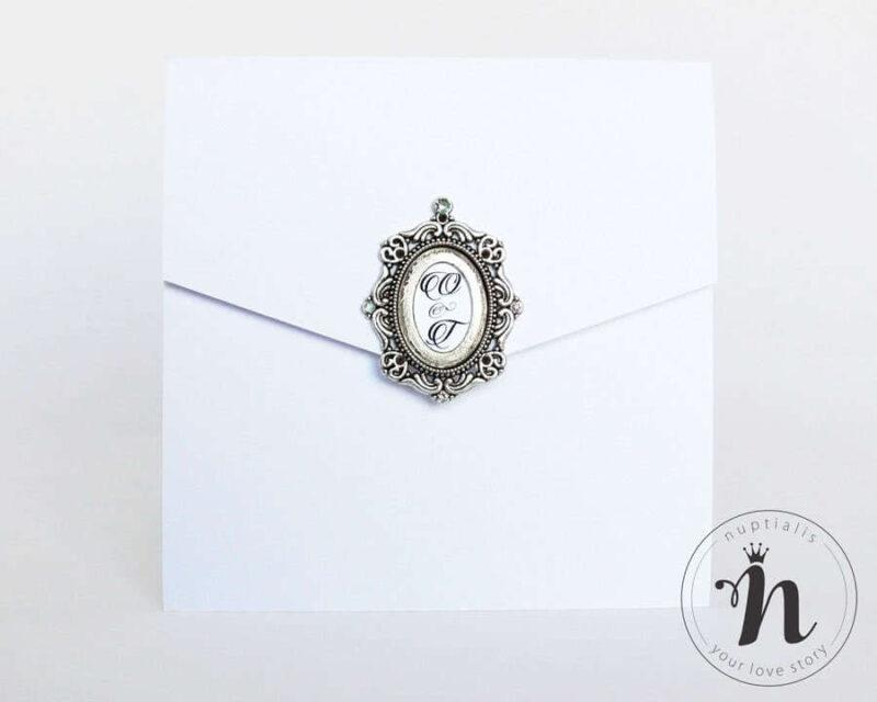 invitatii-nunta-de-lux-elegante-cu-rama-argintie-si-cristale-rhinestone-ofelia-01