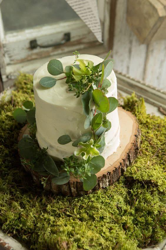tortul-miresei-greenery