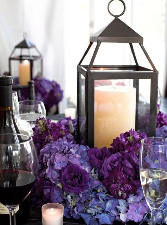decoratiuni florale nunta culoarea anului 2018 ultra violet