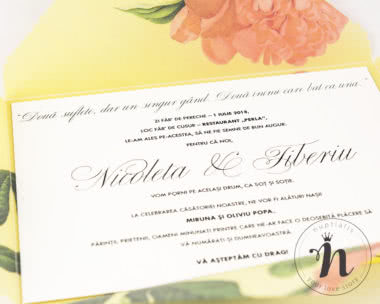 Invitatii nunta - Invitatii nunta handmade cu bujori corai - detaliu text