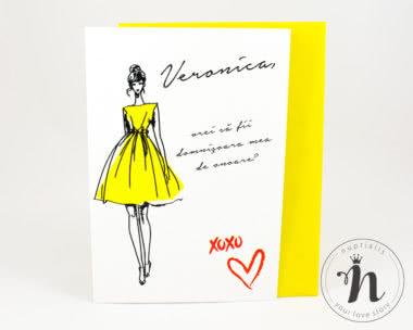 invitatii domnisoare de onoare cu plic galben fashionista - vedere din fata cu plic