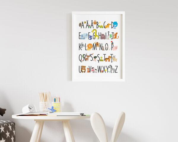 Tablou alfabet cu animale colorate, pentru camera copilului.